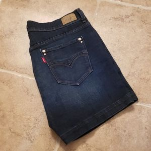 Levi's 515 Short Size 8 Denim Jean Shorts